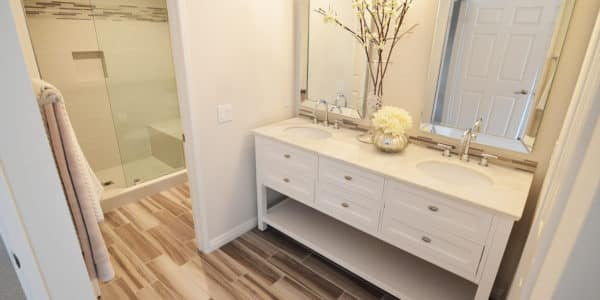 glendora-contemporary-master-bathroom-white-vanity-cabinet-1