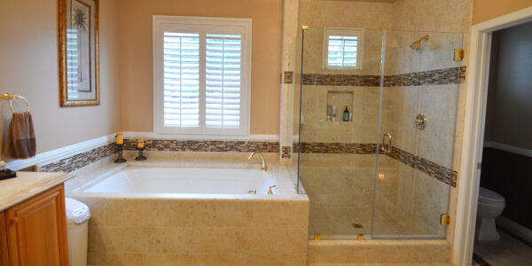 La Verne - Jack and Jill Master Bathroom