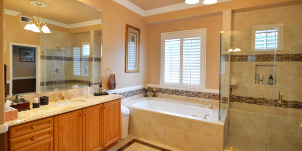 La Verne - Jack and Jill Master Bathroom2