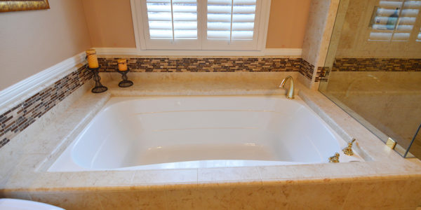 La Verne - Jack and Jill Master Bathroom3
